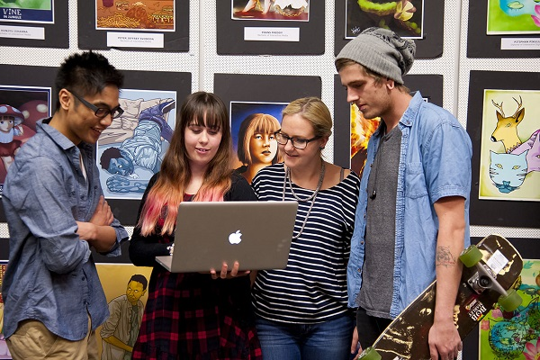 art students in australia with laptop